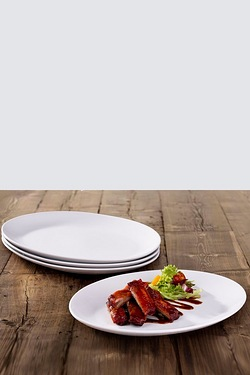 4 Piece Oval Steak Plates