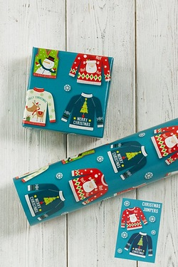 6m Christmas Jumpers Wrap and Tags ...