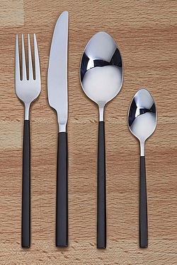 16-Piece Titanium Plated Cutlery Set