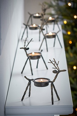 6 Metal Reindeer Tea Light Holders