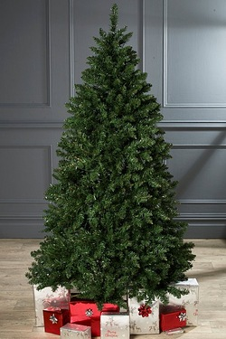 Luxury Green Pine Tree - Unlit