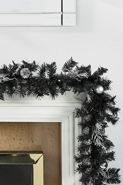LED Light-Up Garland - Silver Leaf