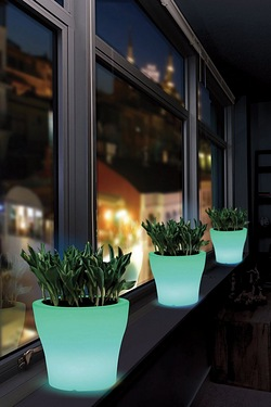 LED Colour Change Planter