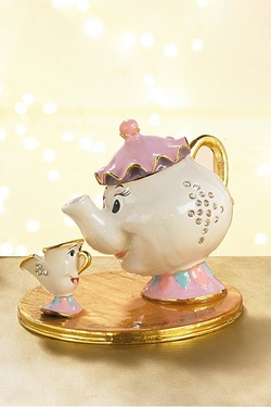 Disney Classic Mrs Potts And Chip