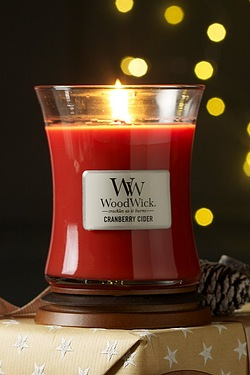 Woodwick Medium Candle - Cranberry ...