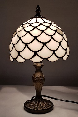 Lincoln Tiffany Table Lamp