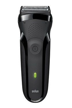 Braun Series 3 300 Rechargeable Shaver