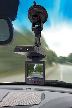 "2.5"" Screen Compact in-car Digital Video Recorder"