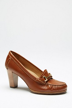 Hush Puppies Castana Heel Loafer