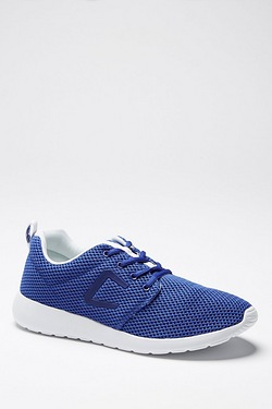 Crosshatch Greystoke Trainer