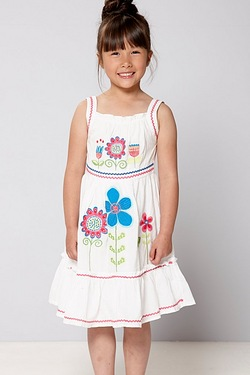 Girl's Embroidered Flower Dress