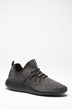 Crosshatch Axolo Trainer