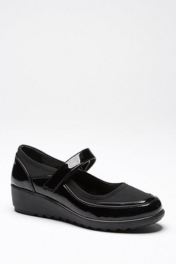 Cushion Walk Wedge Mary Jane Shoe