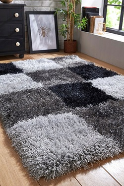 Boston Check Rug