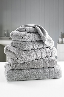 7-Piece Luxurious Egyptian Cotton T...