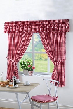 Gingham Kitchen Pelmet