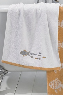 Fishy Embroidery Border Towels