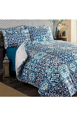Global Collage Duvet Set