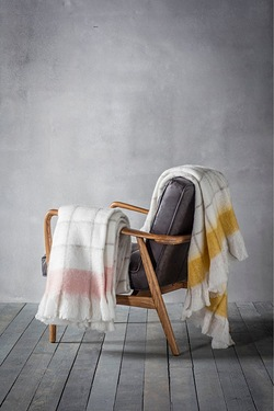 Agnes Mohair Feel Throw