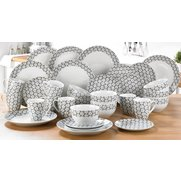 32 Piece Daisy Dinner Set