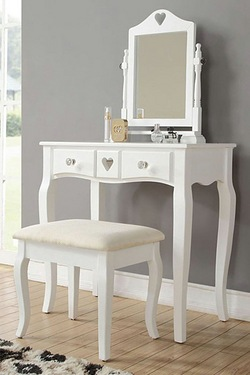 Heart Dressing Table Set