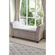 Verona Diamante Window Seat