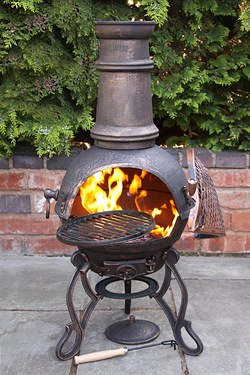 Gardeco Toledo Medium Cast Iron Chimenea