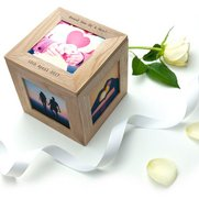 Personalised Oak Photo Cube Keepsak...