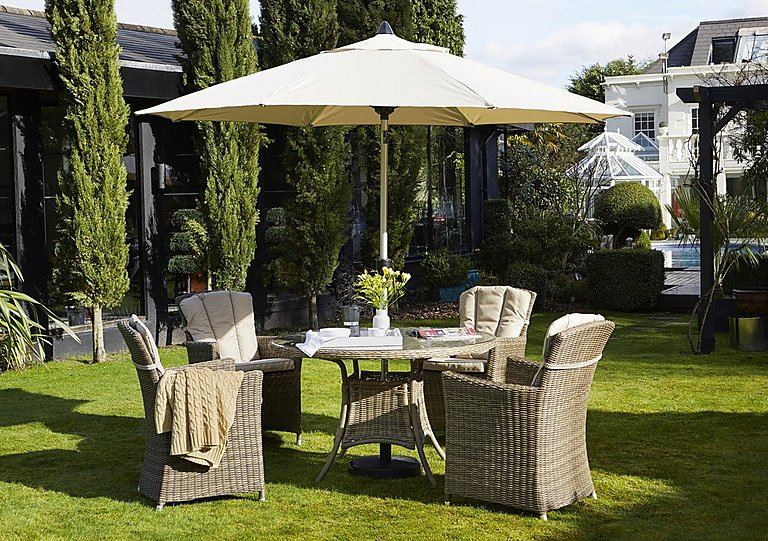 Savannah 4 Seater Round Rattan Dining Set with Parasol in  on FV
