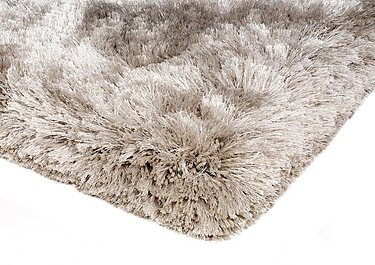 Plush Rug in Sand on FV