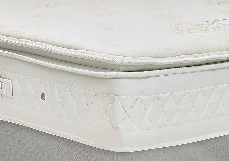 QEST Legacy 2000 Mattress in  on FV