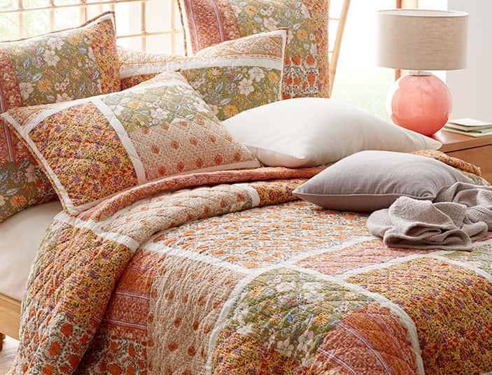 Shop Quilts & Coverlets