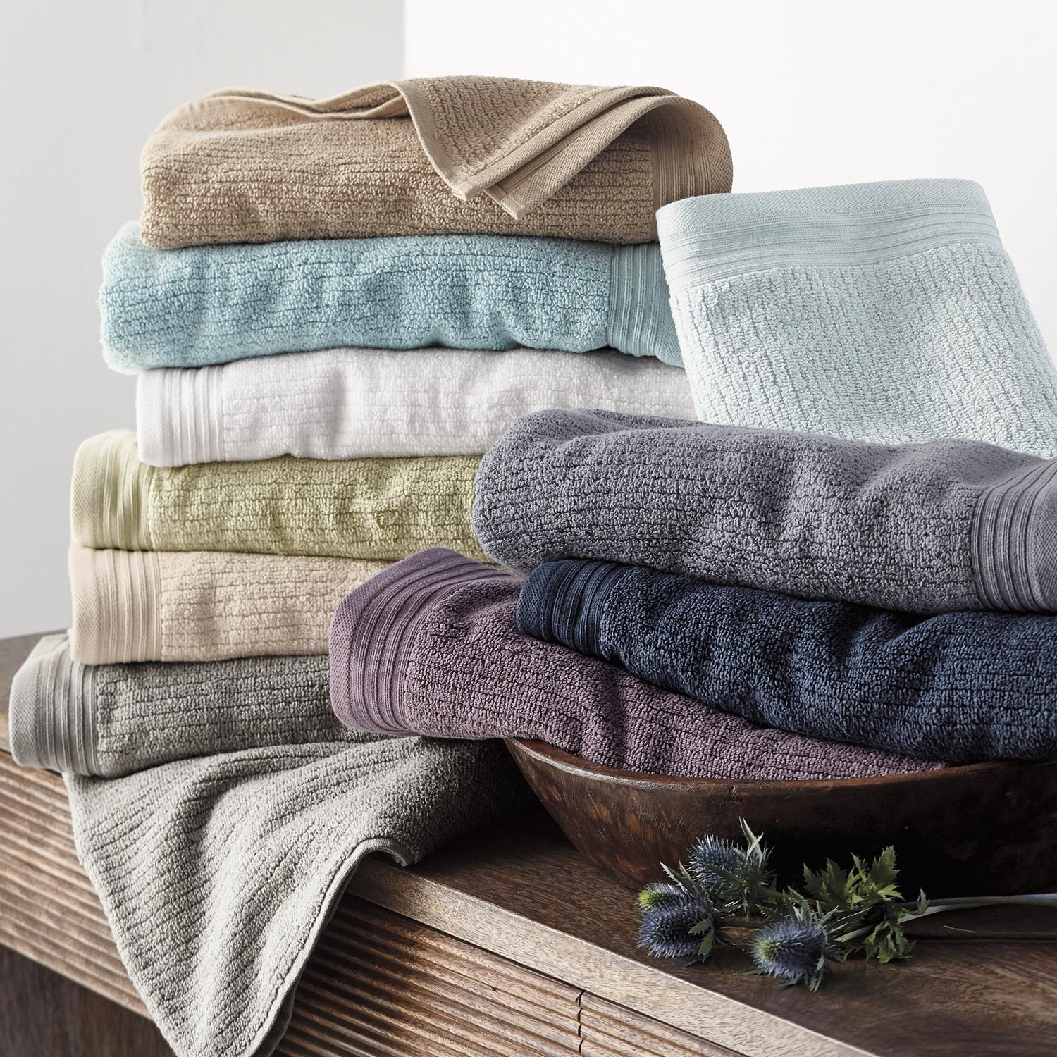 Green Earth%AE Quick-Dry Beach Towels
