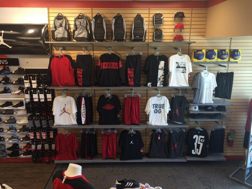 Find Hibbett Sports hours and map on Paris Rd., Chalmette, LA. Store opening hours, closing time, address, phone number, directions. Hibbett Sports — Paris Rd. Chalmette, LA Hours and Location Category: Sporting Goods-Retail Sporting Goods-Retail. Click to see nearby in Chalmette.