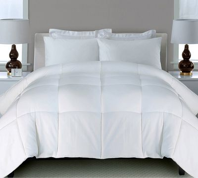 Classic Microfiber Down Alternative Comforter