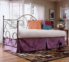 The Caroline Daybed