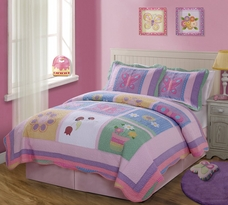 Annas Dream Quilt and Shams