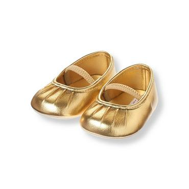 Baby Girl Metallic Gold Pleated Metallic Gold Crib Shoe at JanieandJack