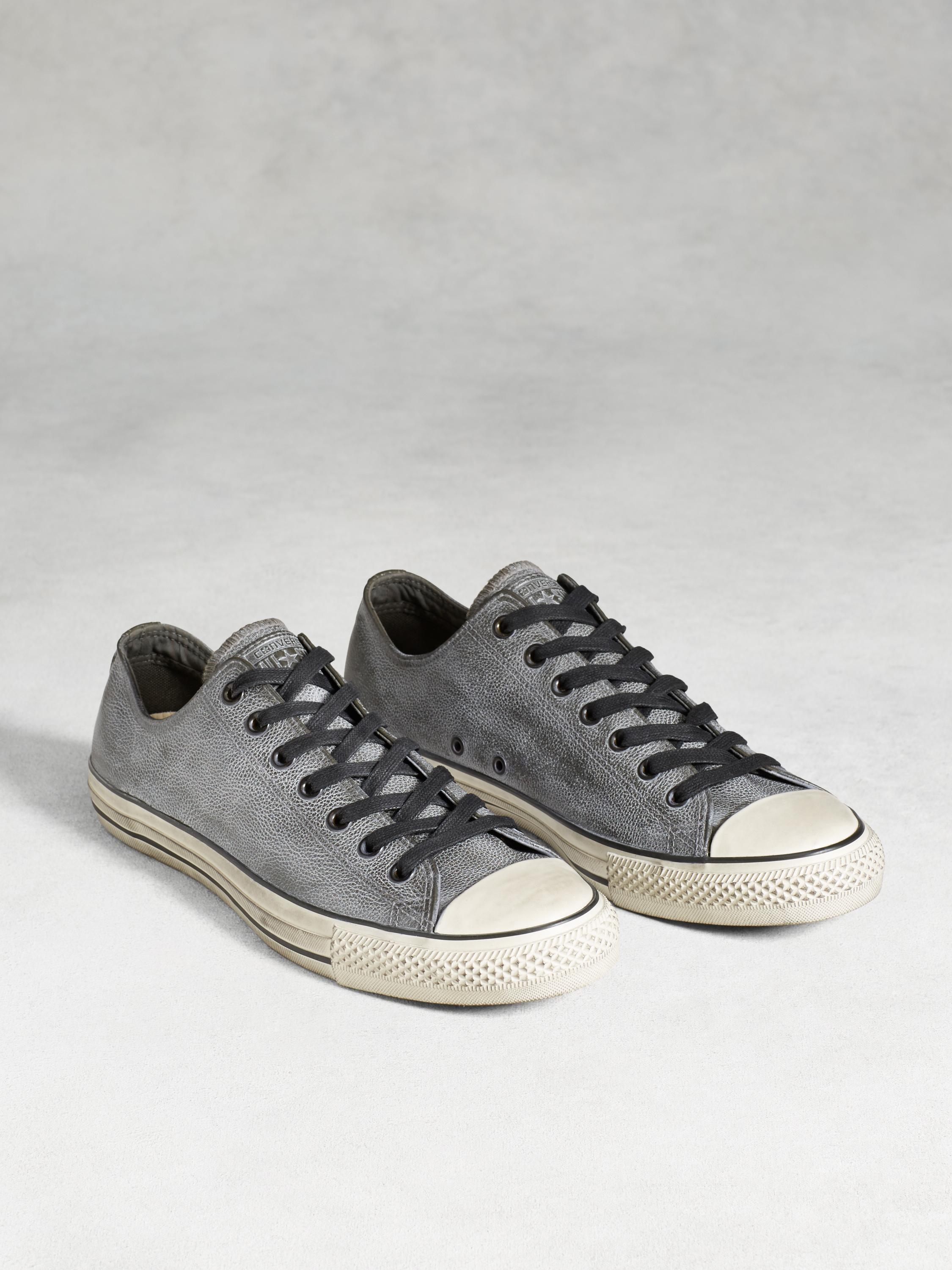 Chuck Taylor Pebbled Leather Low Top