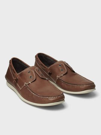 Laceless Boat Shoe
