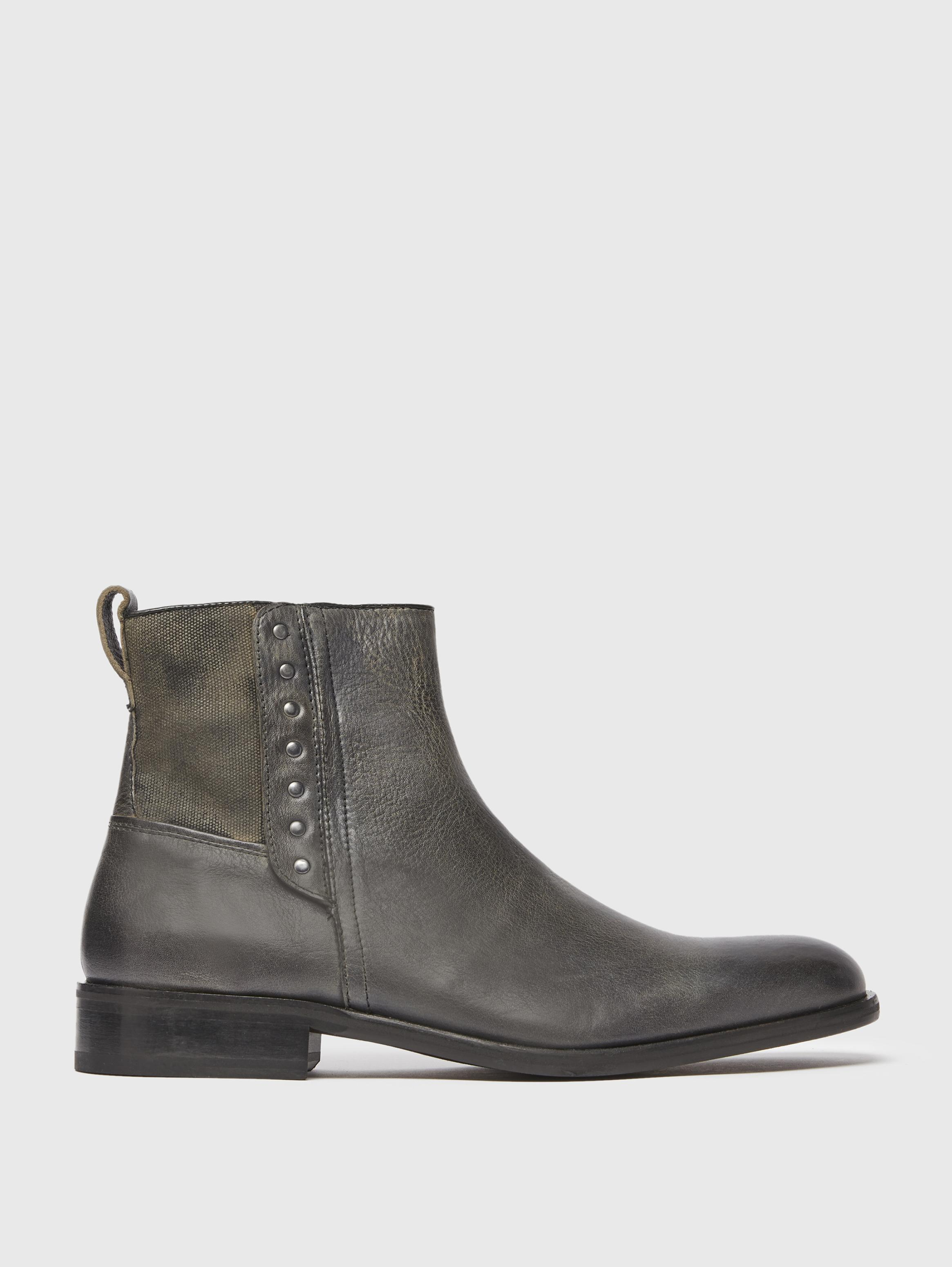 Buttoned Leather Boot