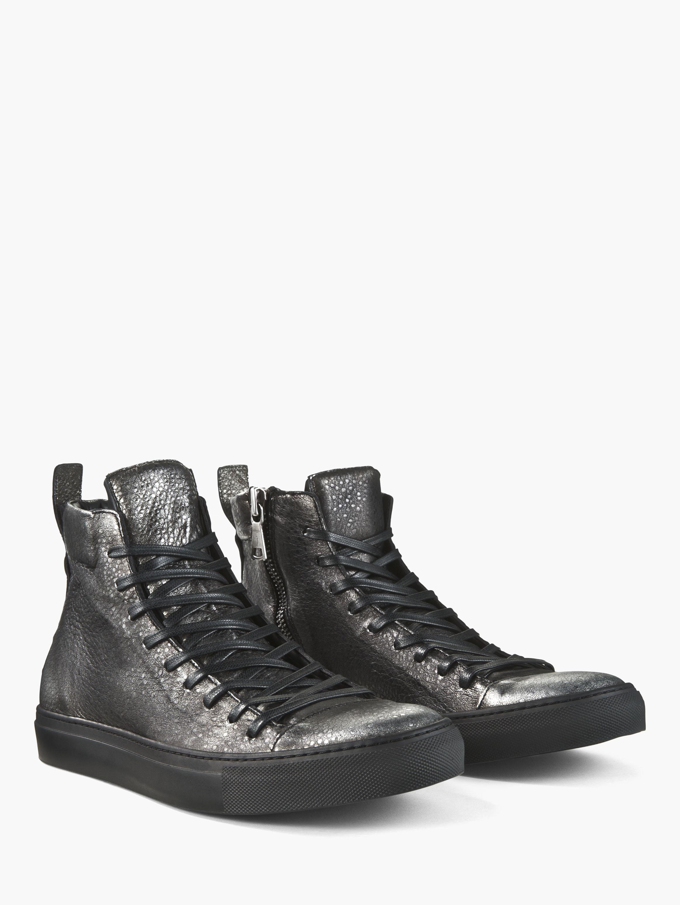 Embossed Reed Mid Top Sneaker