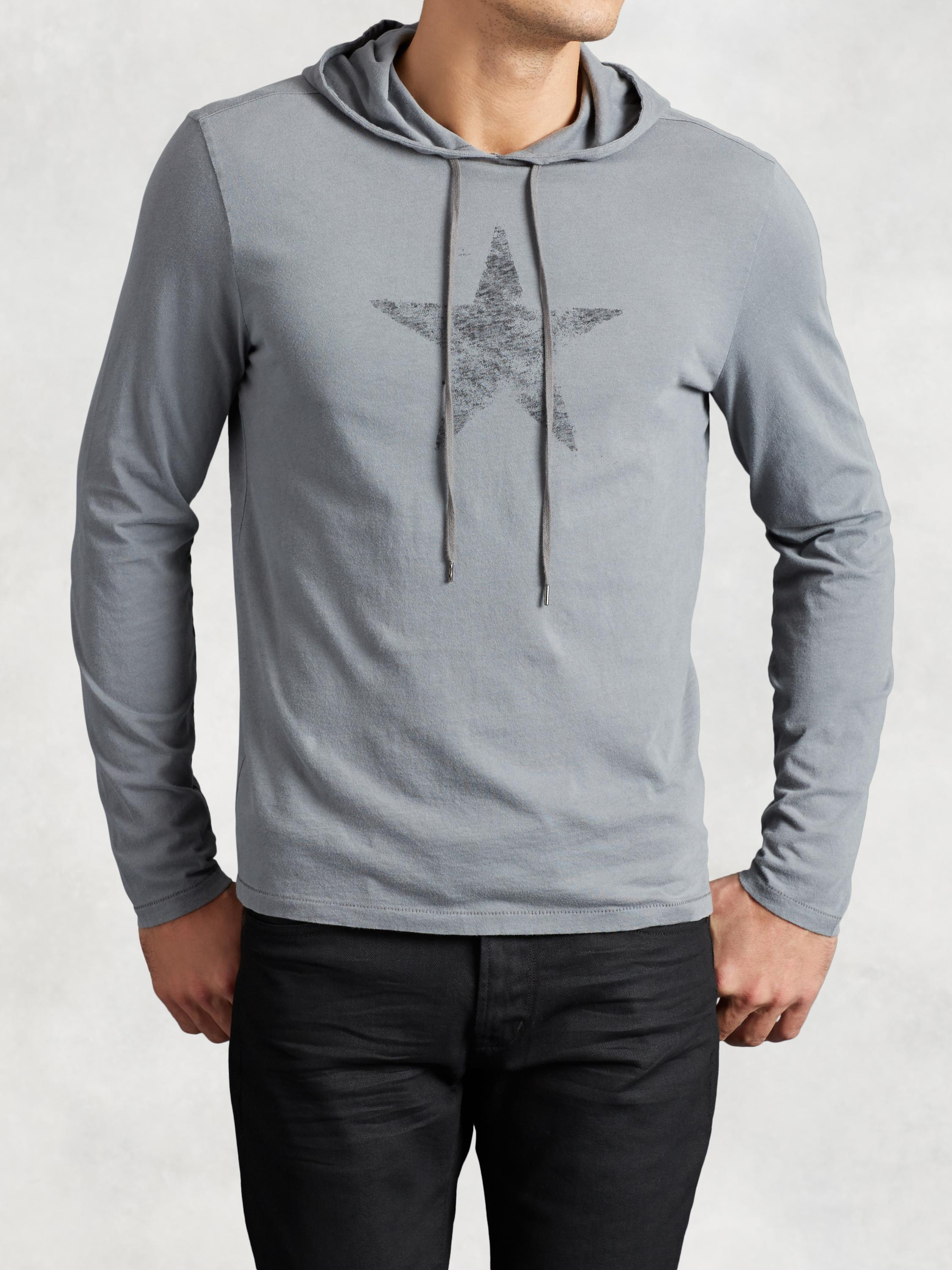 Star Graphic Pullover Hoodie