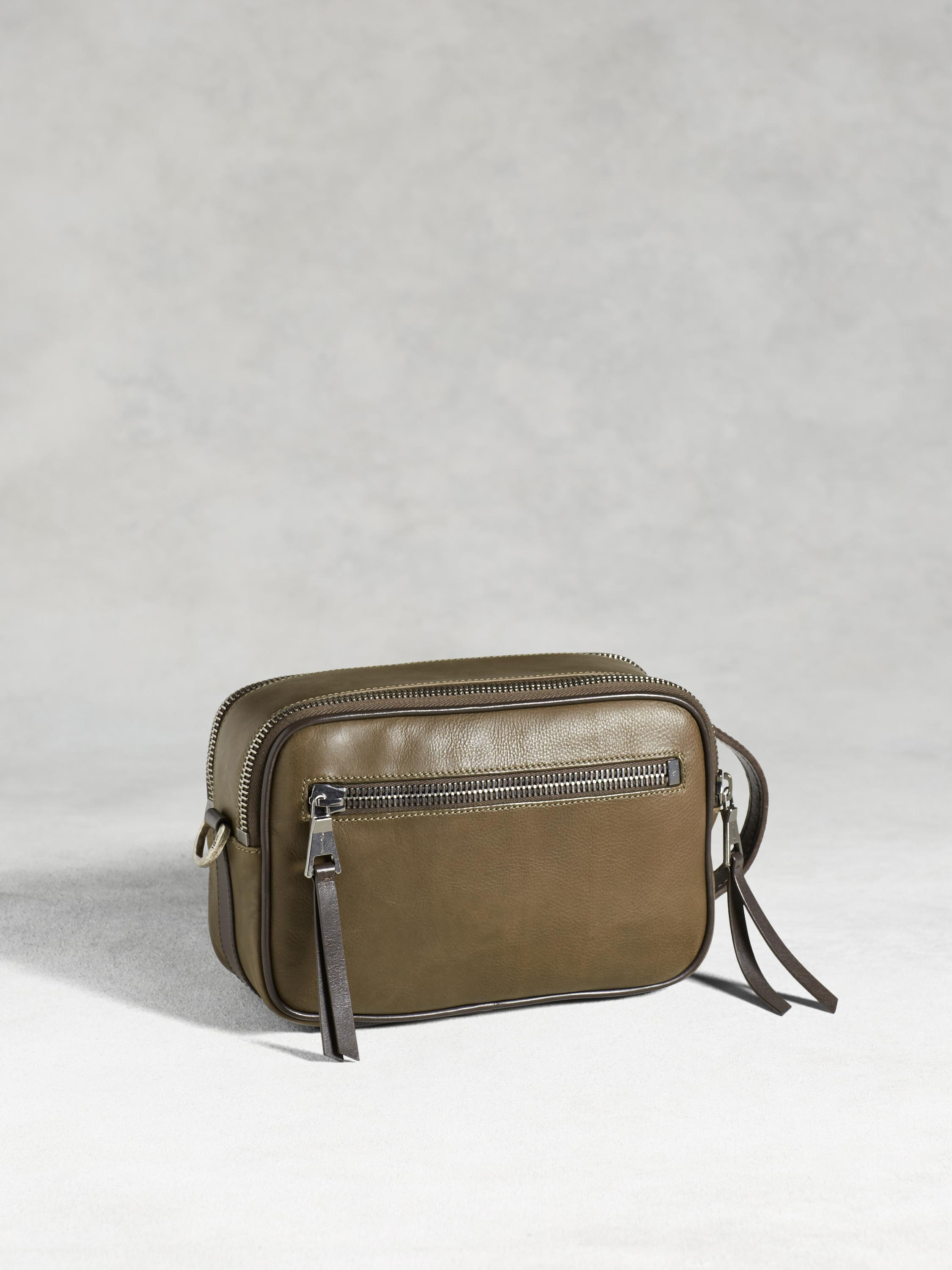 Bleeker Dopp Kit