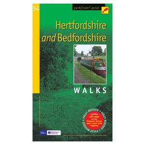 PATHFINDER Hertfordshire & Bedfordshire Walks Guide