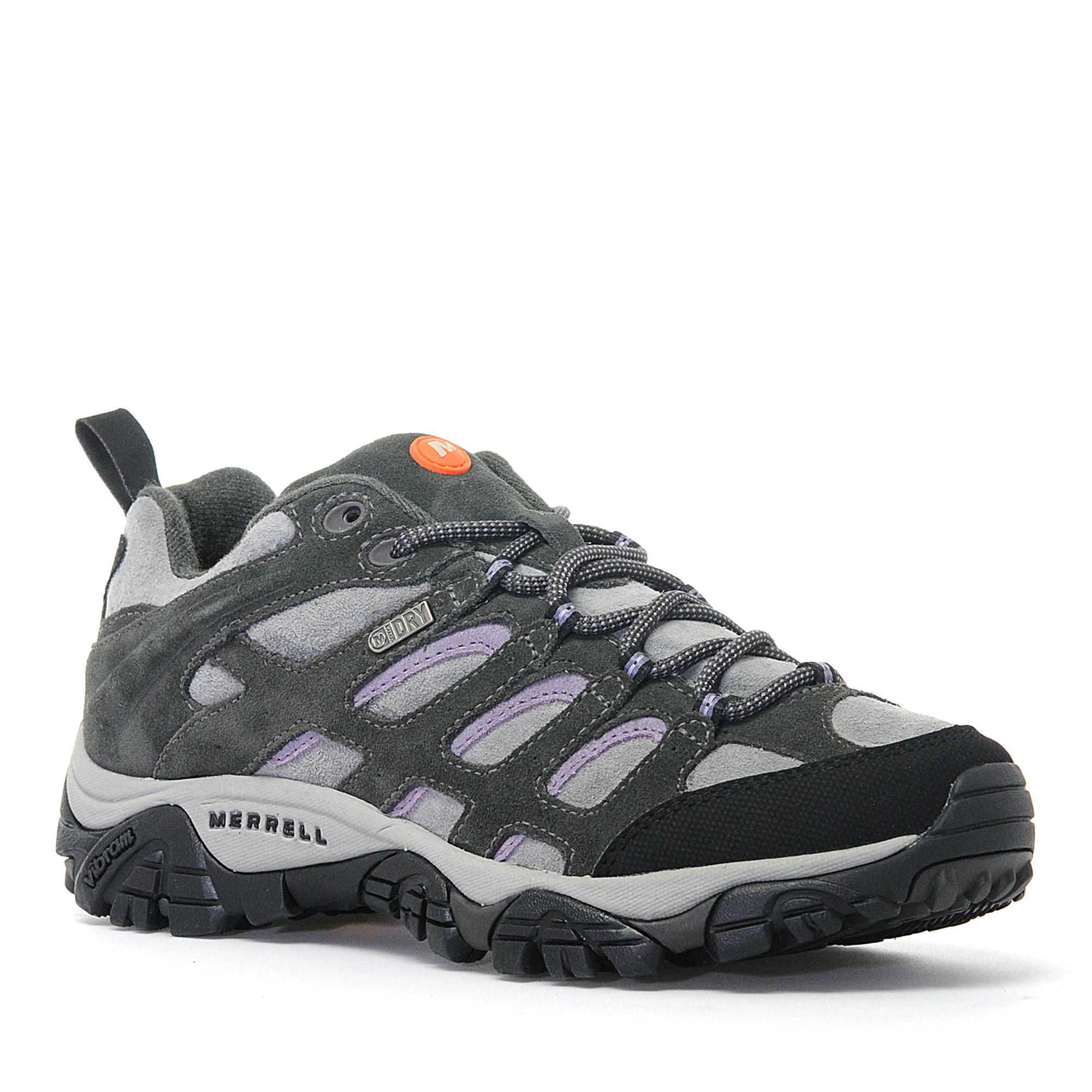 Women's walking shoes brown