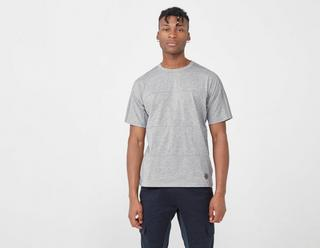 by wings+horns T-Shirt