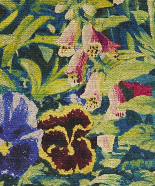Gail's Garden Vintage Velvet in Dawn