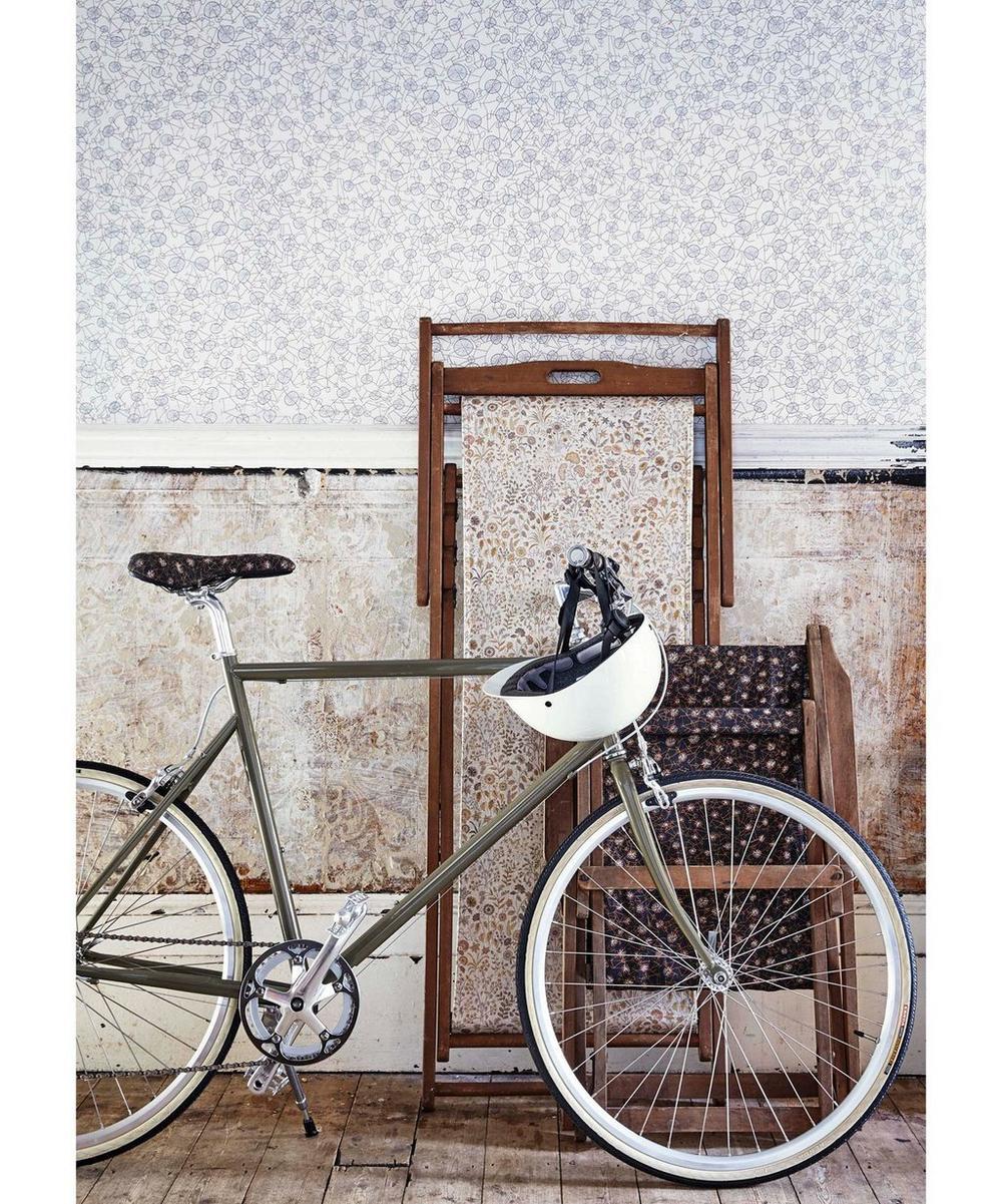 Philippa's Bike Natural Linen in Racing Black