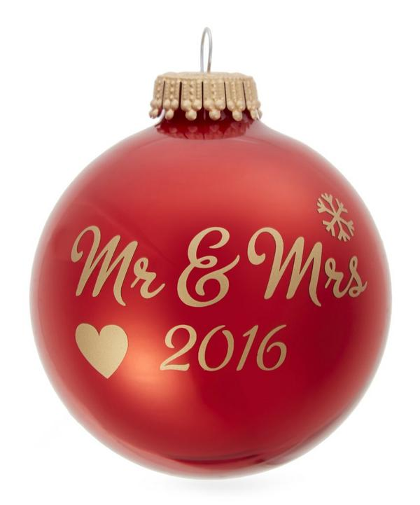 Mr and Mrs 2016 Bauble